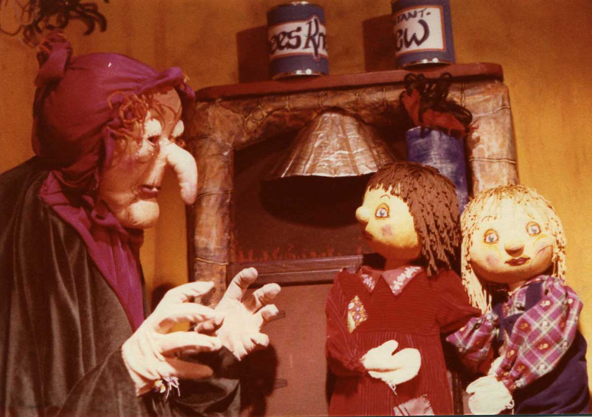 body puppet of witch in kitchen with boy and girl puppets