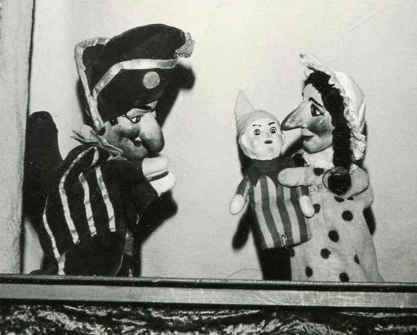 Punch and Judy puppets with baby by Parry-Marshall Puppet Theatre
